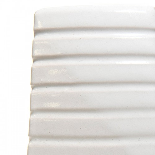 Vitraglaze Stoneware Glaze: Polar White
