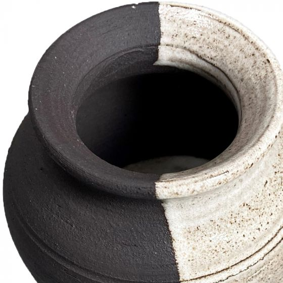 Sibelco Smooth Textured Black Clay